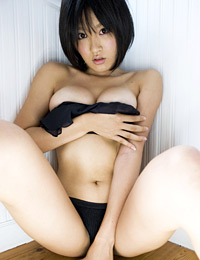 Model asami tada in family council 1