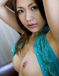 Model nana konishi in lets start