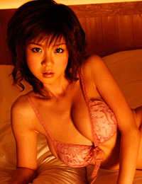 Model aki hoshino in in the mood 1