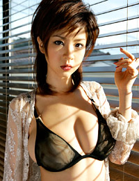Model aki hoshino in in the mood 2