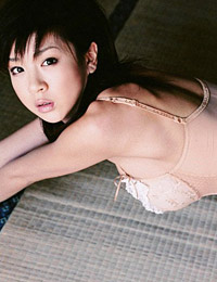 Model aki hoshino in captured 6