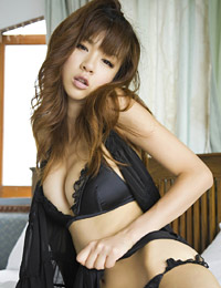 Model aki hoshino in everybody nice body 1