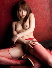 Model akiho yoshizawa in cover girl 2