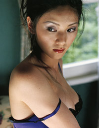Model fumina hara in love story 3